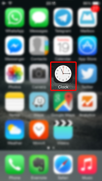 איך עושים שעון מעורר באייפון